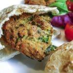 Recette de falafels vegan et houmous en sandwich ou décomposés