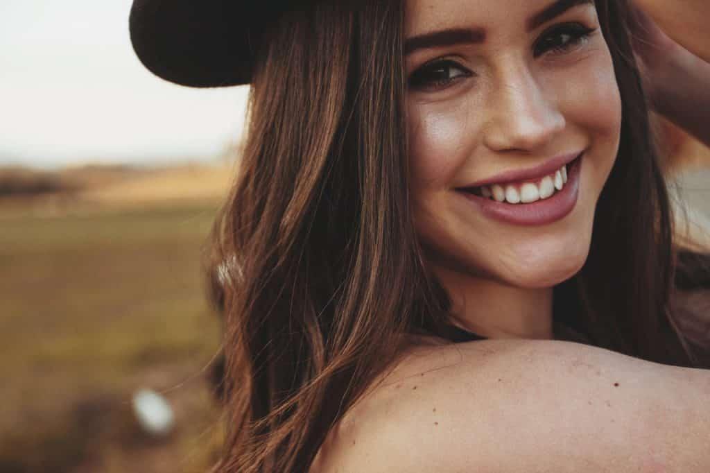 Sourire pour être belle naturellement
